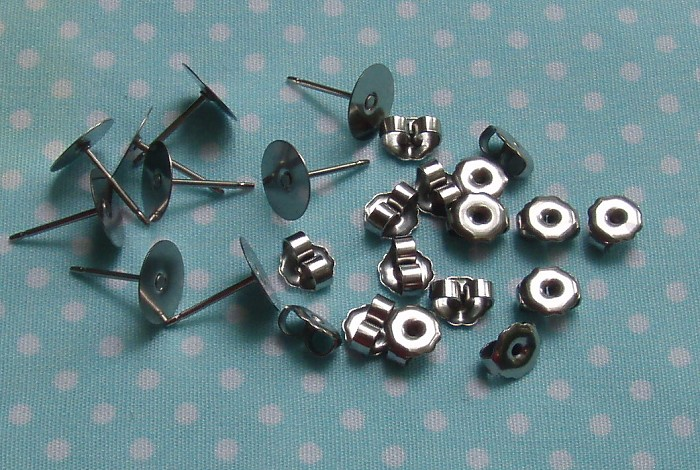 100pcs 8mm Flat Pad Surgical Grade Stainless Steel Earring Findings