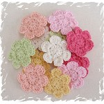 12 x Hand Crochet Flower Applique Motifs Clips scrapbooking