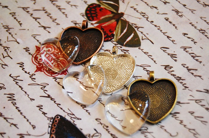 6 Heart Shape Pendant Trays with Matching Glass Dome Inserts - Mixed colors