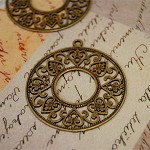 4 Pcs Vintage Style Antiqued Bronze color Ornate Charms
