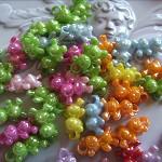20 x assorted coloured plastic bear beads scrapbooking cardmaking jewellery
