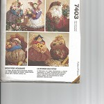 Pattern - McCalls 7403 - Roly Poly Holiday Centerpieces