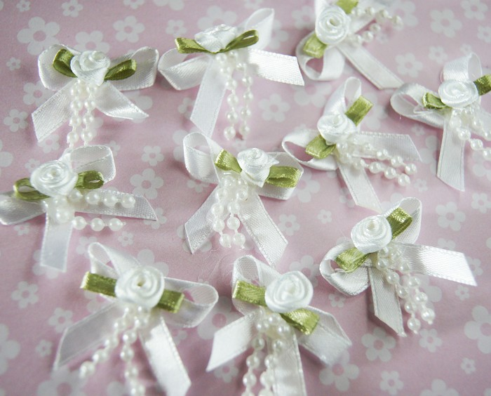 LAST SET 10 White Ribbon Bows with Roses and Pearls