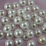 25 White Pearl Flower Flat Back Embellishments / Cabochons