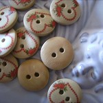 20 x  wooden buttons heart designs and other designs available
