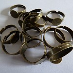 20 x Antique Bronze thick finger rings with glue pad