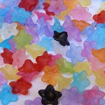 200 Mixed Acrylic Frosted Flower Beads