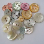 Pearl shell natural and shabby chic coloured vintage button mix