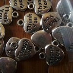 15 x thankyou heart shaped charms thank you silvertone