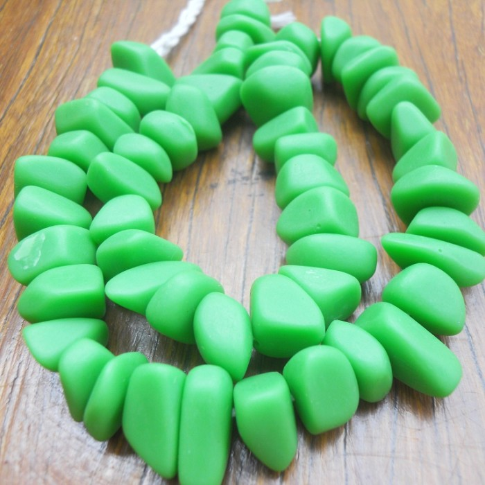 Resin Ice Chip beads Solid Lime