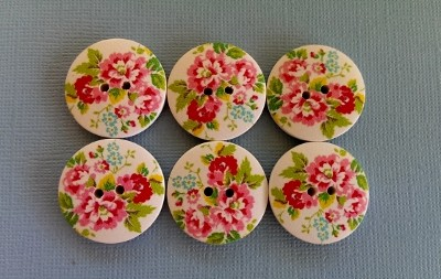6 x 25mm white and pink floral wooden buttons