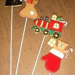 CHRISTMAS PICKS BOX OF 12  DECORATIVE METAL 26CM BRAND NEW 4 DESIGNS