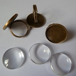 10 x Ring blanks 16mm and glass domes - Antique bronze