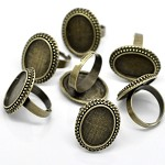 5 x Oval Rings & Glass Domes, Antique Bronze .