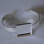 5 x Silver plated solid bangle with square 25mm tray