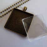 10 x DIY square 30mm antique bronze pendant kit