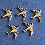 5 Antique Silver  Bird Charm Findings.