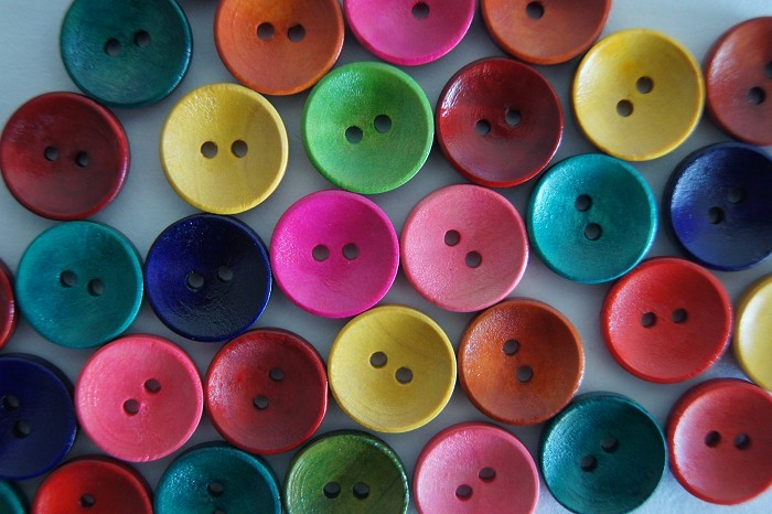 20 Colourful Wood Buttons