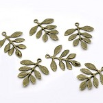 5 Antique Bronze Leaf Charm Connector Pendants
