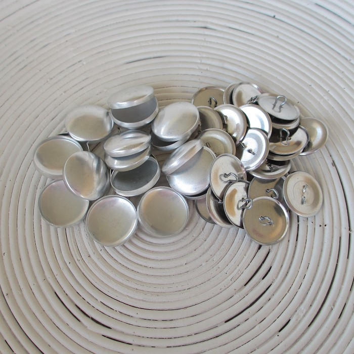 (Size 36 ~ 23mm) 50 x SHANK Back Self Cover Buttons