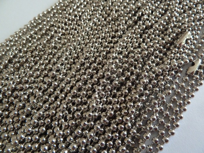 50 x 60cm antique silver ball chains
