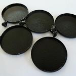 10 x Round 38mm Black pendant trays