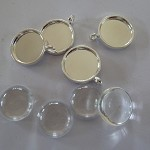 20 x 16mm pendant trays Silver plated AND glass domes