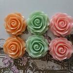 6 Resin rose cabochons - pack 4