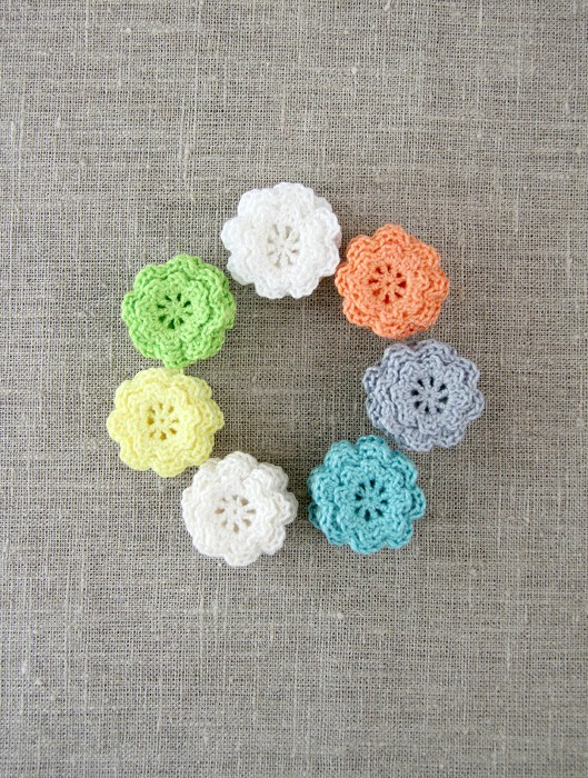 Pack of 15, Spring pack, crochet flowers in your choice of pastel hues