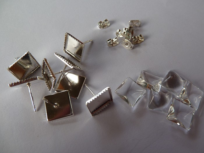 10 x 12mm square studs and glass domes - Silver plated