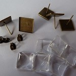 10 x 12mm square studs and glass domes - Antique bronze