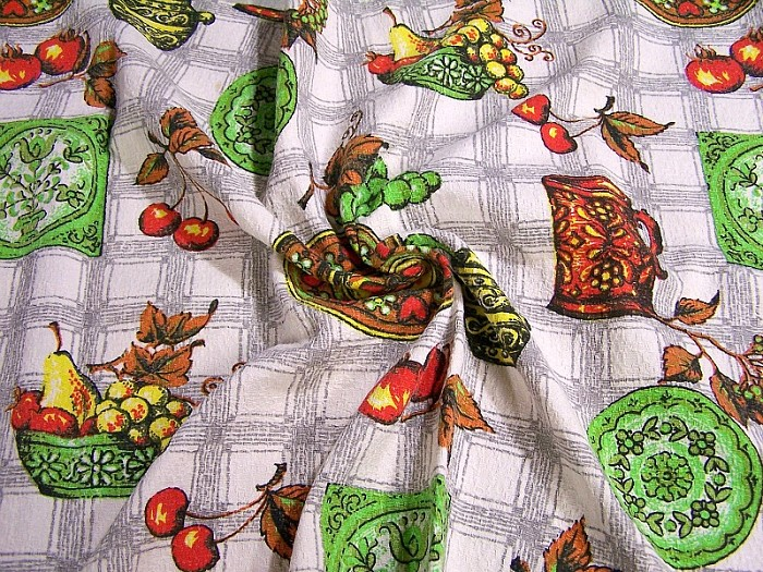 VINTAGE BARKCLOTH DESTASH, Fabric destash, Retro Cherries Fruit, Kitchen, Cotton