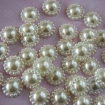25 Ivory Pearl Flower Flat Back Embellishments / Cabochons