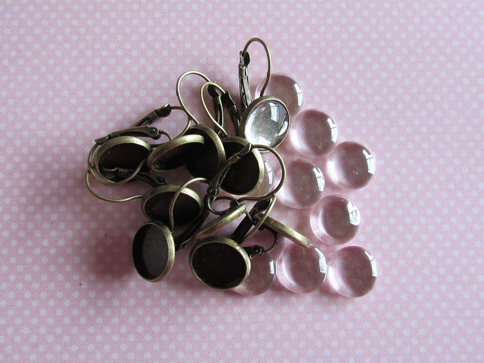 20 x 12mm Earring Trays  Antique Bronze (10 pairs)