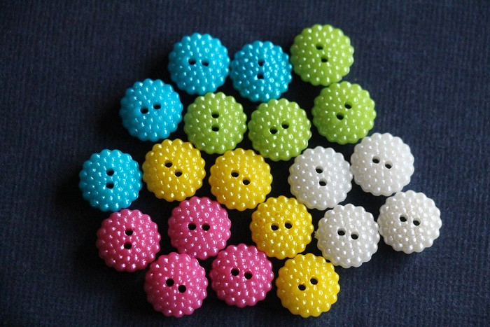 CLEARANCE 120 Bubble Buttons