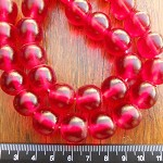 14mm Resin beads red 1 x strand of 30