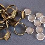 10 Antique Bronze Rings & 12mm Glass Domes Kit.