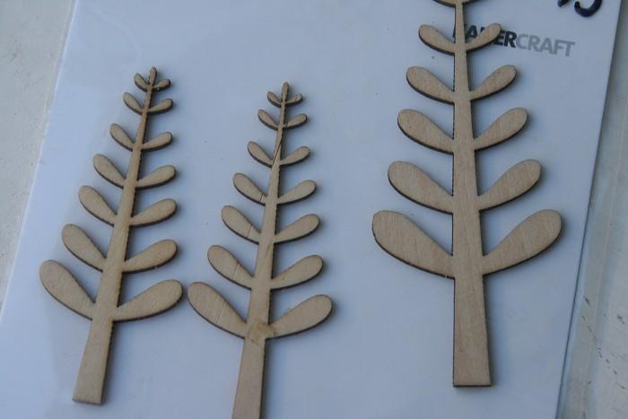 3 Wooden Fern Flourishes