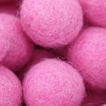 ::Pink:: felt balls x50