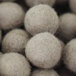 ::Box:: felt balls x50