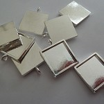 10 x 16mm SQUARE pendant trays and glass domes - Silver plated