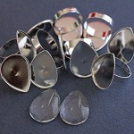 15 Teardrop Brass Based Platinum Adjustable Rings 18 x 25mm Glass Domes Kit.