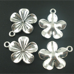 5  Silver Flower Lily Charms