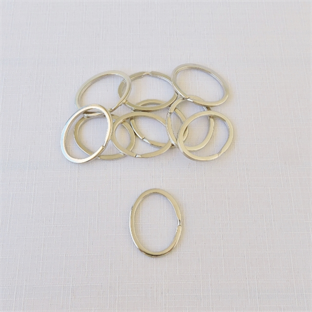 10 x Oval Silver Coloured Split Ring/Keyring