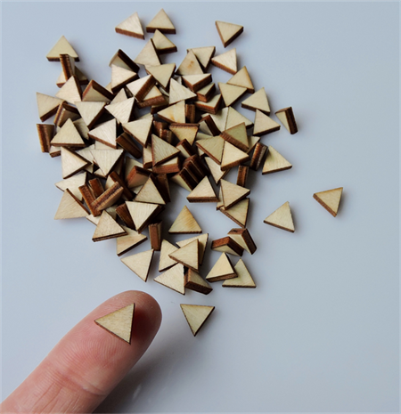 10 x wooden small triangles tiles shapes