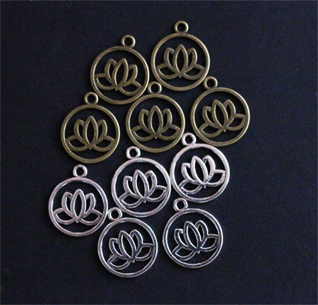 10 Lotus Charms