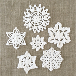 Pack of 6, white crochet  snowflake motive, mixed size, appliqué