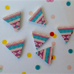 10pcs 17mm  Triangle  Handmade Photo Wood Cut Cabochon