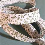 Beautiful vintage retro style bias (olive green floral), WIDE, 4mtrs ♥