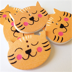 6 Cat Pattern Wooden Buttons